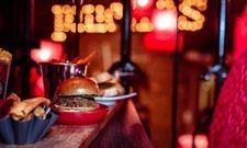 Kleiner Happen: Auch der Burger kommt im Miniaturformat