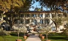 Hotel im Weingut: Die Domaine de Fontenille in der Provence