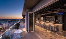 Neuer Treffpunkt: Die W XYZ-Bar mit Blick über die Dächer von Madrid will auch Einheimische ansprechen