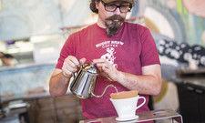 Im Trend: Kaffeezubereitung mit Handfilter.