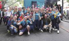 Coole Truppe: Die Living-Hotels-Crew beim Christopher Street Day