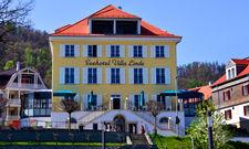 Traumhafte Aussicht: Das Seehotel Villa Linde oberhalb des Hafens Bodman-Ludwigshafen