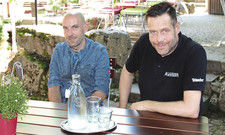 Jörg und Christof Ruttinger hätten es nicht besser treffen können: Weitere Investitionen seitens des Eigentümers der Siegelsbacher Mühle sind geplant.