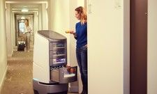 Bringt Snacks auf Zimmer: Hotelroboter Jeeves aus dem Hause Robotize