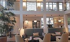 Luftige Höhe: Die Lobby im ersten Maxx by Steigenberger in Bad Honnef.