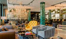 Einladend: Die One Lounge im neuen Motel One München-Haidhausen