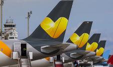 Flugzeuge mit Thomas-Cook-Logo: Zu dem Reisekonzern gehört auch eine Fluggesellschaft