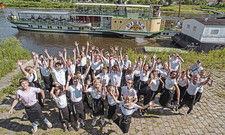 Ungewöhnliche Location für eine Recruiting-Aktion: Mit dem Dampfschiff Pirna fuhren die Schüler zwei Tage auf der Elbe, mit Zwischenstopps in diversen Hotelbetrieben.