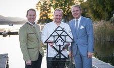 Engagiertes Team: (von links) Michael Berndl, Aufsichtsrat und Landesvorsitzender von Romantik in Österreich, Hubert Wallner und Romantik Chef Thomas Edelkamp freuen sich auf die Zusammenarbeit