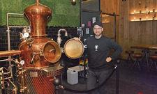 Geschäftsführer Thorsten Frerich: Stolz auf die Destillationsanlage