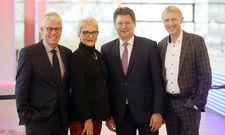 DTV-Präsidium (v.l.): Dieter Hütte (Vizepräsident), Dr. Heike Döll-König (Vizepräsidentin), Reinhard Meyer (Präsident), Armin Dellnitz (Vizepräsident)