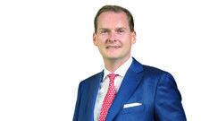 Georg Plesser: Der Hoteldirektor steht auf Schmorgerichte