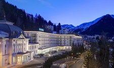 Vorhang auf: Das Steigenberger Grandhotel Belvédère erwartet in den kommenden Tagen Prominenz aus aller Welt