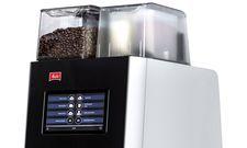 Digitaler Bedienkomfort: Der Vollautomat Melitta Cafina XT4 für bis zu 150 Tassen pro Stunde