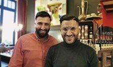 Starkes Duo: Die Brüder Hassan (links) und Ali Kara-Ali bringen das Lebensgefühl des Libanon nach Wilhelmshaven.