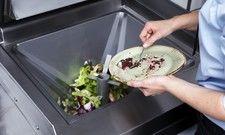 Speisereste sinnvoll verwerten: Über Eingabestationen von Meiko können Gastronomen Biomasse für eine Biogas-Anlage erstellen