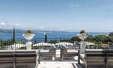 Hotel mit Aussicht: Eines der sechs Häuser der Althoff Collection, die Villa Belrose über St. Tropez an der Côte d'Azur.