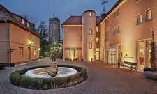 Historisches Anwesen: Burg Staufeneck in Salach bei Göppingen