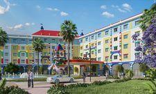 Das neue Legoland Hotel: Im Turm am Eingang begrüßt der Lego-Drache Ollie die Gäste