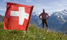 Schweizer Bergwelt: Auch im Nachbarland kämpft das Gastgewerbe mit Umsatz- und Buchungseinbrüchen
