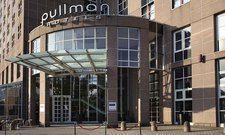 Das Hotel Pullman Stuttgart Fontana darf Geschäftsreisende beherbergen und ist buchbar