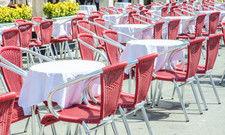 Tolles Wetter, leere Außengastro: Ein Schreckensbild für Gastronomen in diesen Tagen.