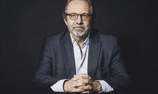 """Prof. Dr. Stephan Gerhard: """"Knutschen mit 1,50 Meter Abstand geht nicht."""""""
