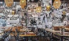 Sommerliche Israel-Impressionen als Wandschmuck: Das Restaurant Joseph im Hotel Amo by Amano in der Friedrichstraße hat Tel-Aviv-Vibes.