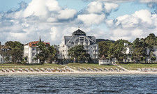 Markant: Das Hotel am Meer & Spa an der Binzer Strandpromenade.