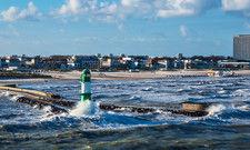 Urlaub im eigenen Land: Die Ostseeküste in Warnemünde wird vermutlich diesen Sommer zum Touristen-Hotspot