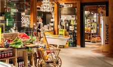 So sieht es aus: Das neu gestartete Marché Mövenpick Marktrestaurant im Tierpark Hellabrunn in München