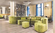 Einladend: Lobby im Arthotel Ana
