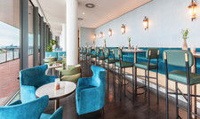Blick Bar: Lounge Area