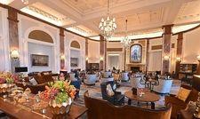 In der neu möblierten Lobby finden 50 Gäste Platz