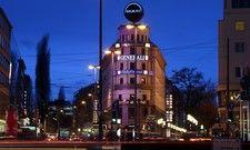 Markantes Gebäude im Herzen Münchens: Nun muss das Anna Hotel schließen