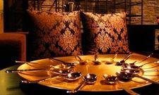 Stilvoll: Metallwaren von Mepra können künftig zusammen mit Rak-Porzellan gekauft werden