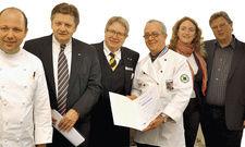 Machen gemeinsame Sache: (von links) Schirmherr Dirk Luther, Klaus Markmann, Günter Jaeger, Otto Meurer, Tanja Sandring und Gerhard Fenger