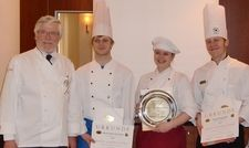 Hessischer Vorentscheid: (von links) Josef Groß, VKD, Moritz Garcia Grzeschok (3. Platz), Madeleine Gaedeke (1. Platz) und David Trepsdorf (2. Platz)