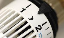 Schaltstelle Thermostat: Wenn der Gast weg ist, kann die Zimmertemperatur gesenkt werden
