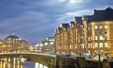 Hamburg leuchtet: Viele Touristen bescheren den Hoteliers in der Hansestadt ein gutes Geschäft