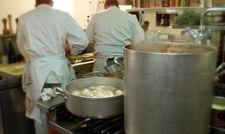 Geraten immer wieder in die Kritik: Die Arbeitsbedingungen von Köchen